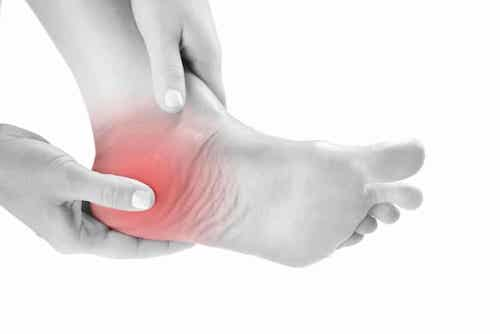 shoes for heel pain review